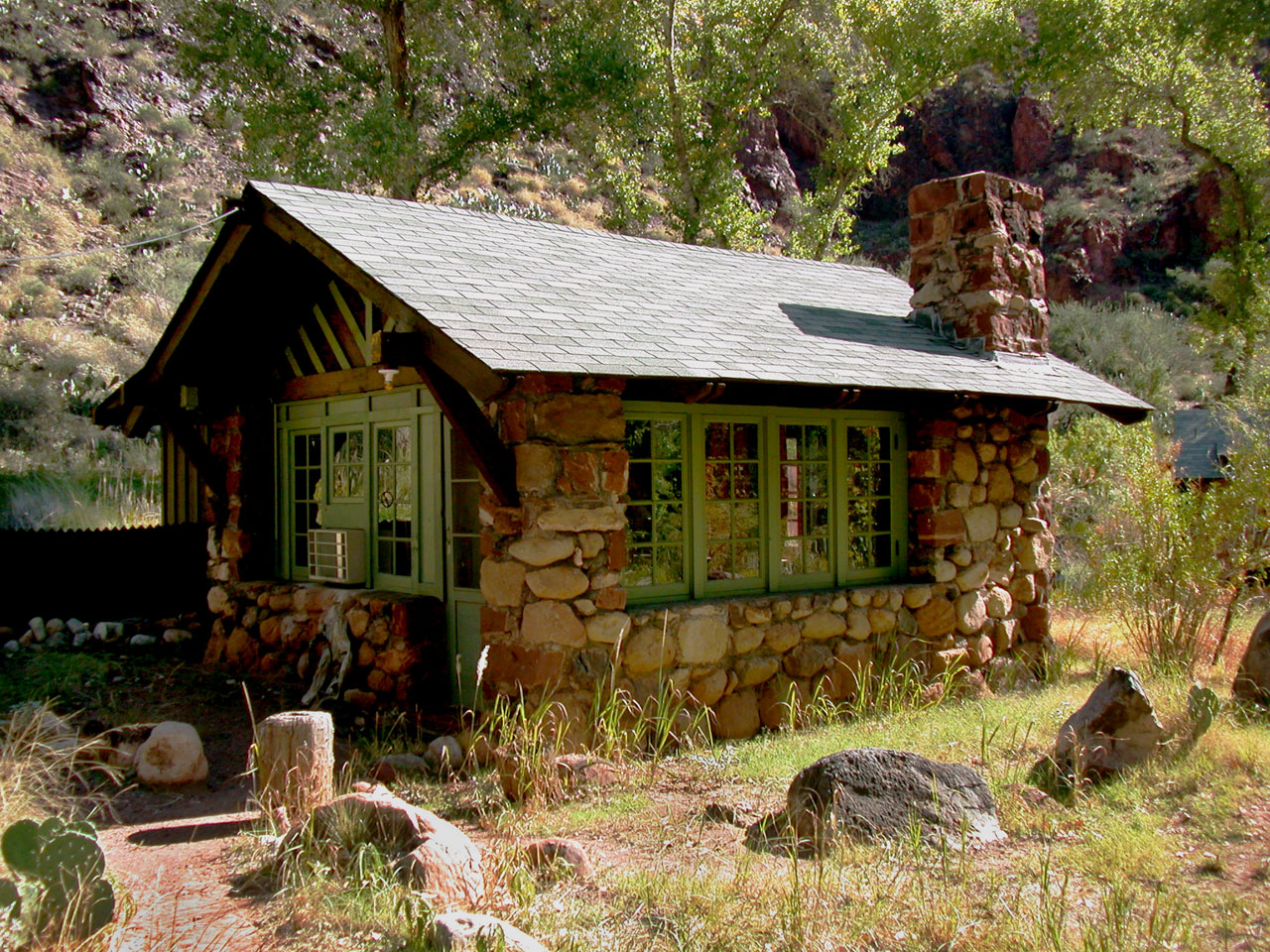 grand interior living canyon forest room in cabins cabin of recarea kaibab hull national the